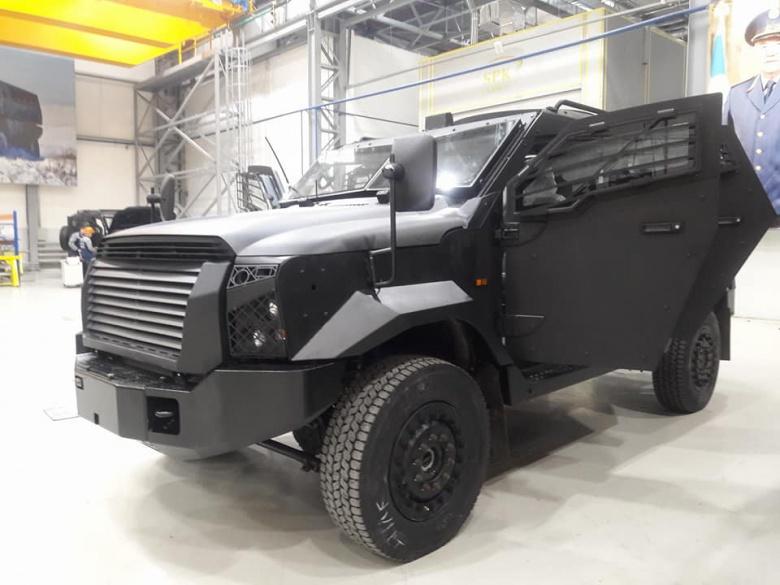 Казахский военный автомобиль назвали «сексуальным» 1