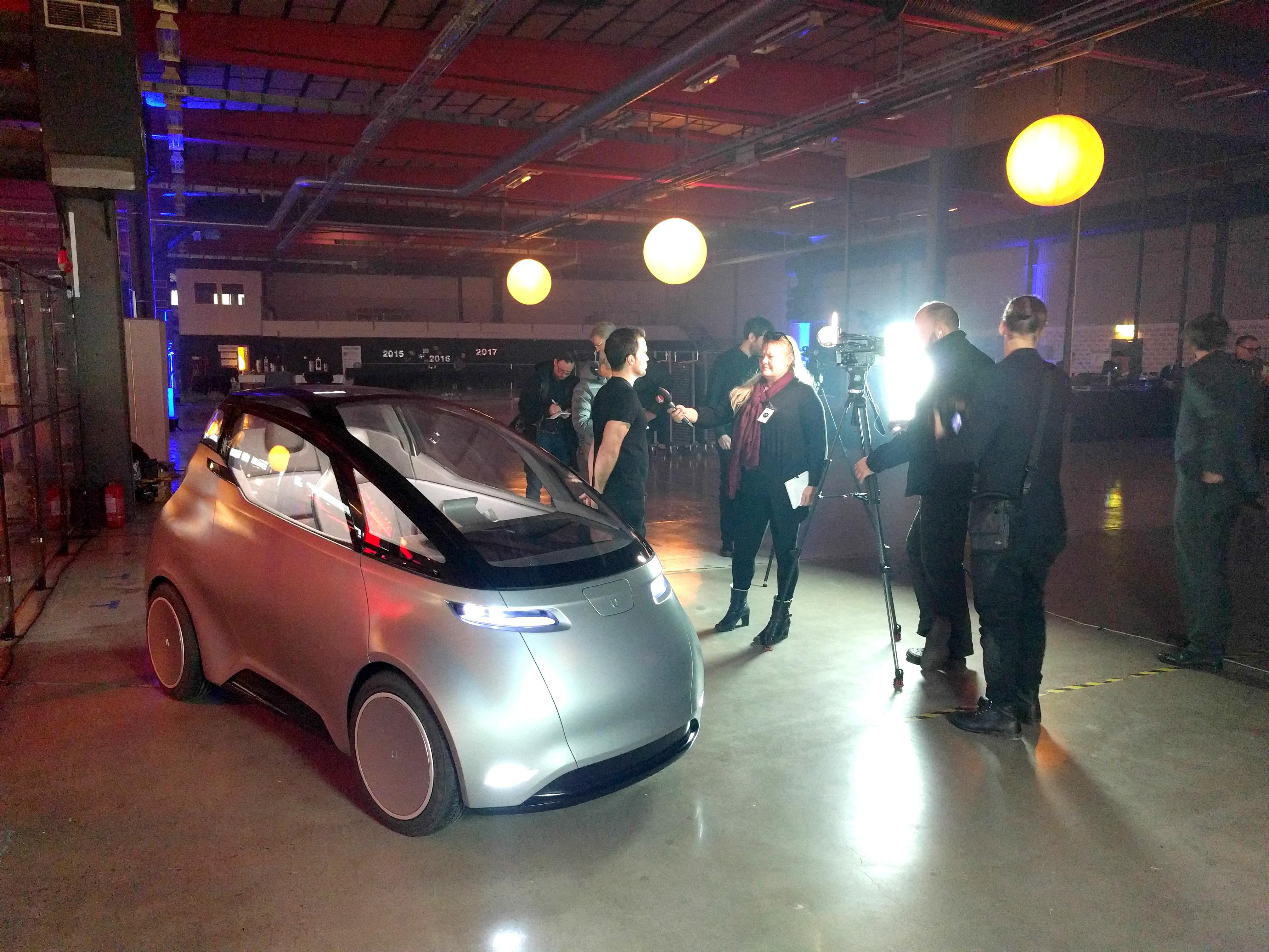 Шведский стартап представил электромобиль Uniti One 1