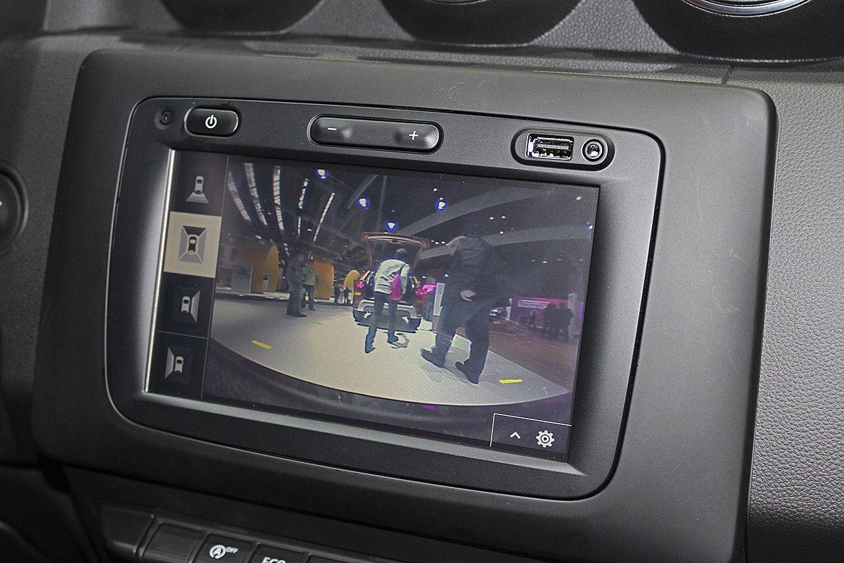 Второе поколение доступного внедорожника: тест-драйв Dacia Duster 3