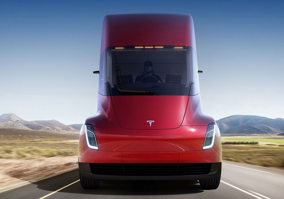 Грузовики Tesla Semi приспособят для перевозки пива 1