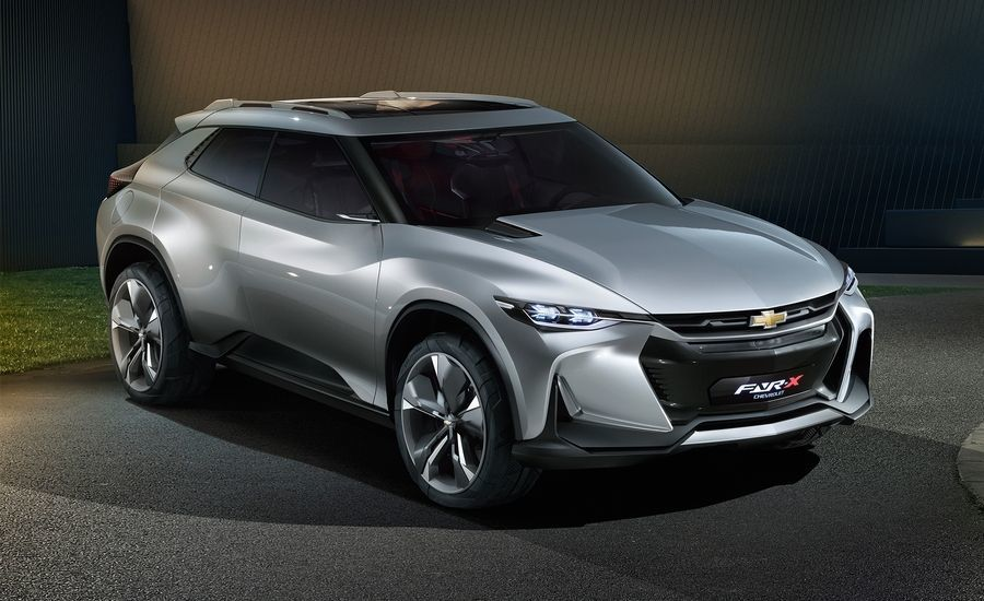 Каким будет новый большой кроссовер Chevrolet 1