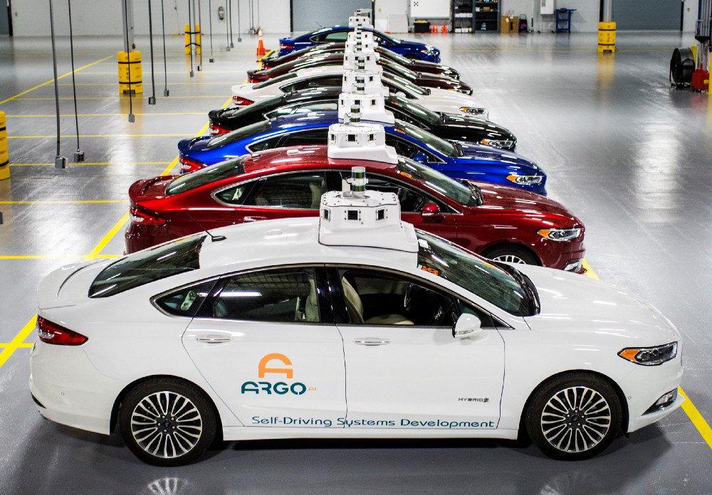 Ford анонсировал абсолютно новую модель 1