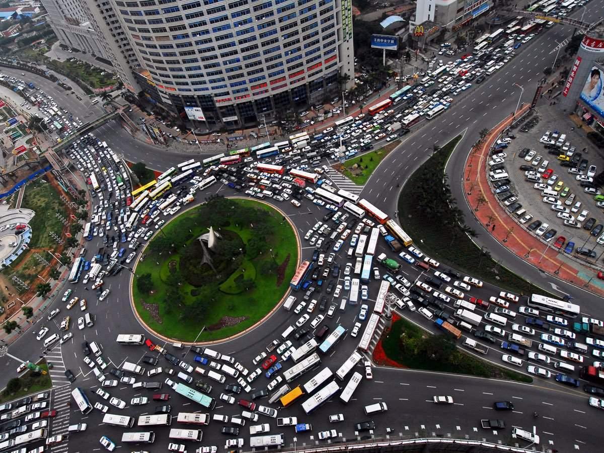 Ученые нашли способ избавить города от случайных пробок 1