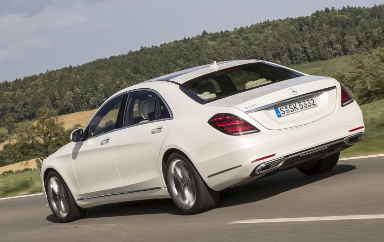 Новейший Mercedes-Benz S-класса был замечен в «непотребном» виде 2
