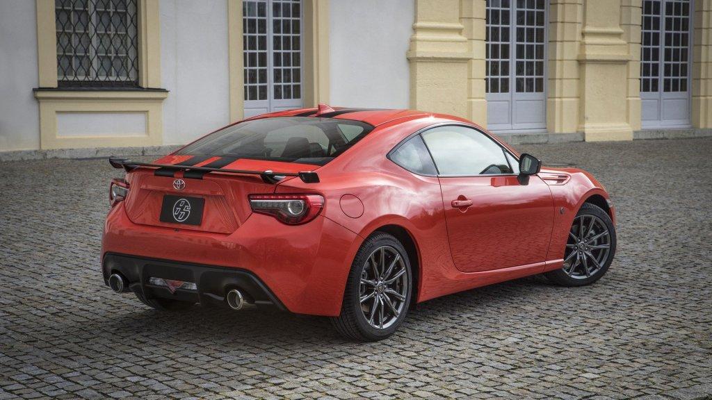 Toyota презентовала новый GT 86 2