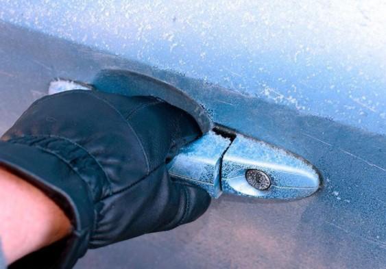 Главные ошибки водителей: что нельзя делать с автомобилем зимой 2