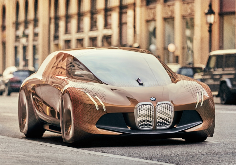 BMW будет испытывать автомобили на чехах 1