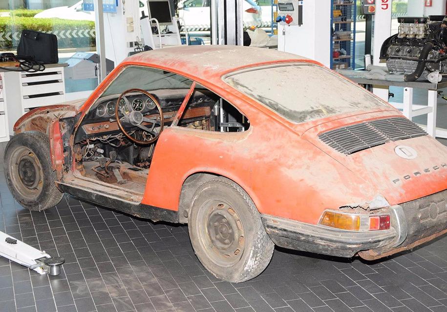 Компания Porsche показала «древнейший» 911-й 3