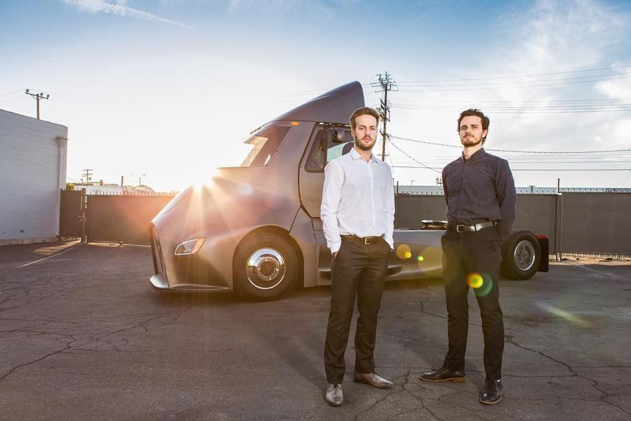 У грузовика Tesla Semi появился серьезный конкурент 3