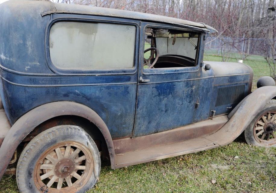 В США найден автомобиль 1927 года, который полвека простоял в гараже 1