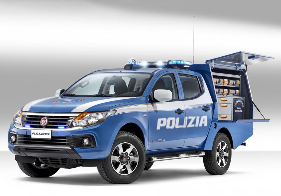 Fiat построил пикап для полицейских-криминалистов 1
