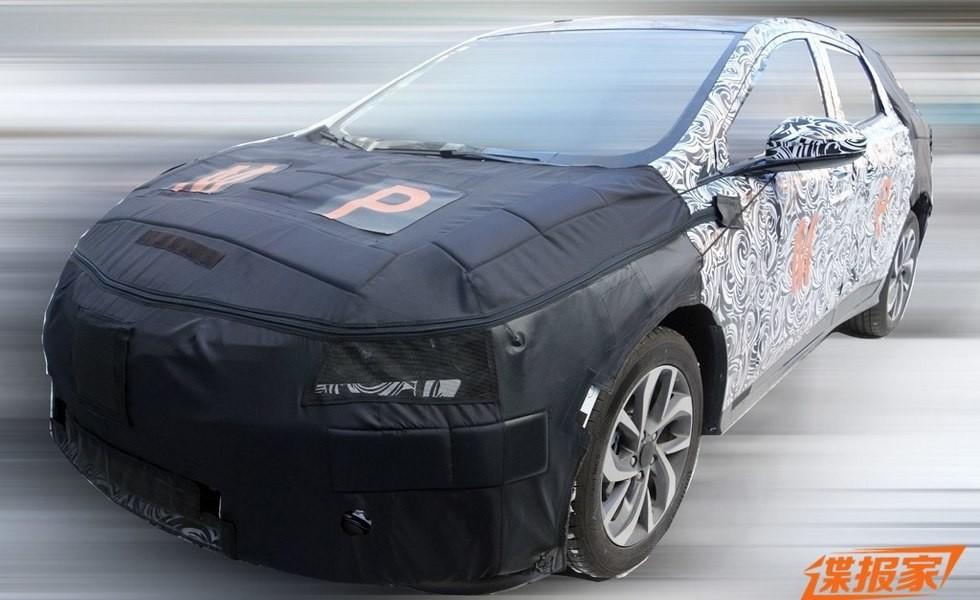 Новый кроссовер Chevrolet вышел на тесты 1