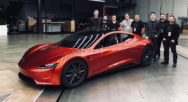 Илон Маск отправит «Теслу» в космос 1