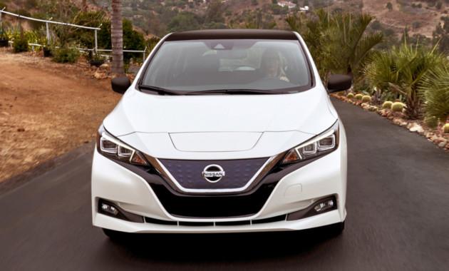 Nissan анонсировал выпуск нового седана 1