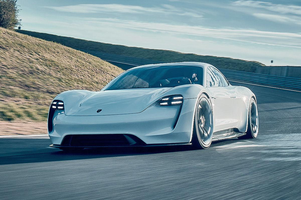 «Лесной царь»: тест-драйв концепта Porsche Mission E 1