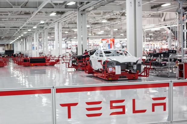 Компании Tesla осталось «жить» 10 месяцев 1