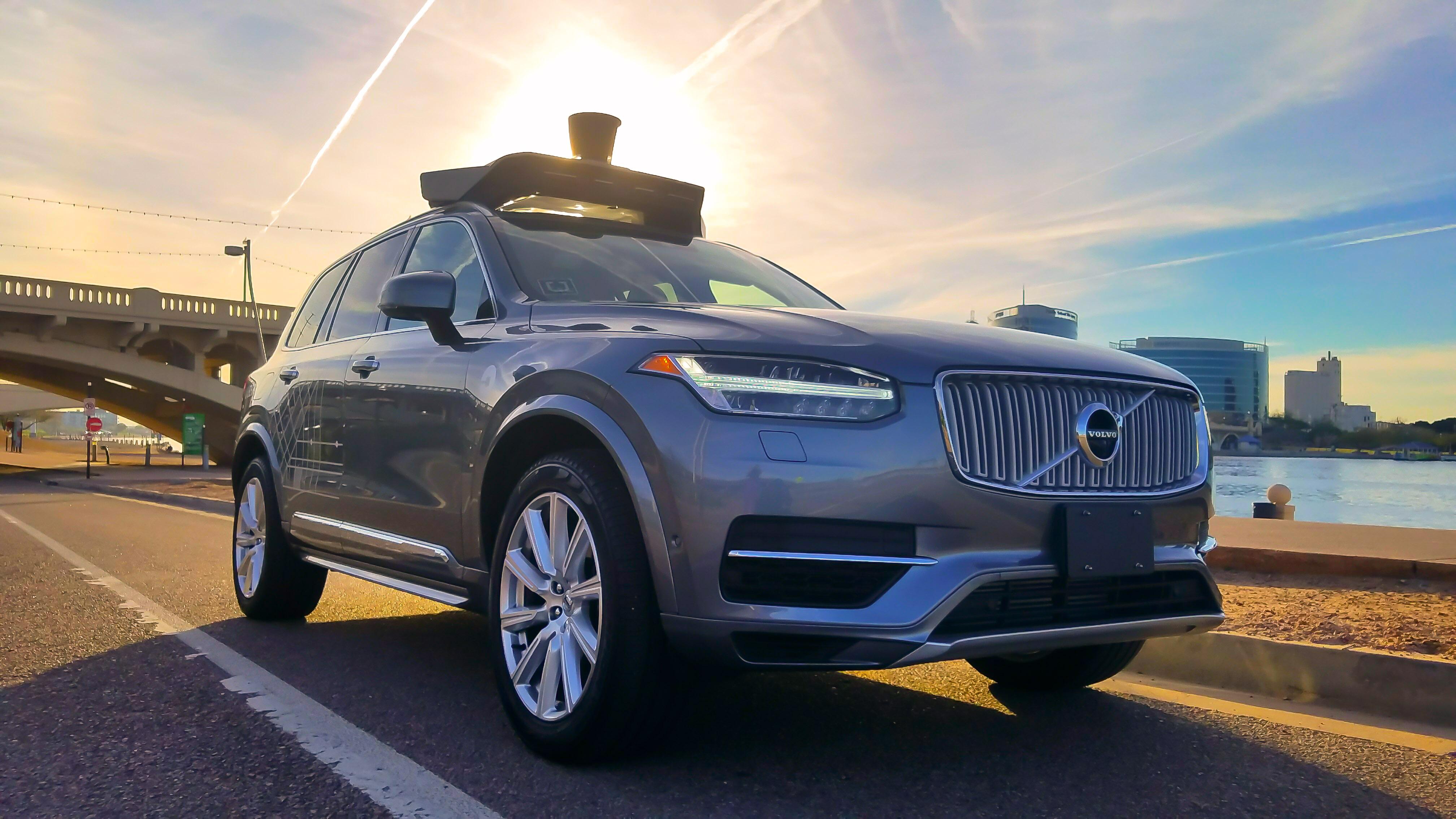 Volvo обеспечит компанию Uber десятками тысяч беспилотных машин 1