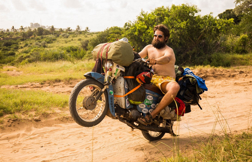Самая экстремальная поездка на мопедах через всю Африку 6