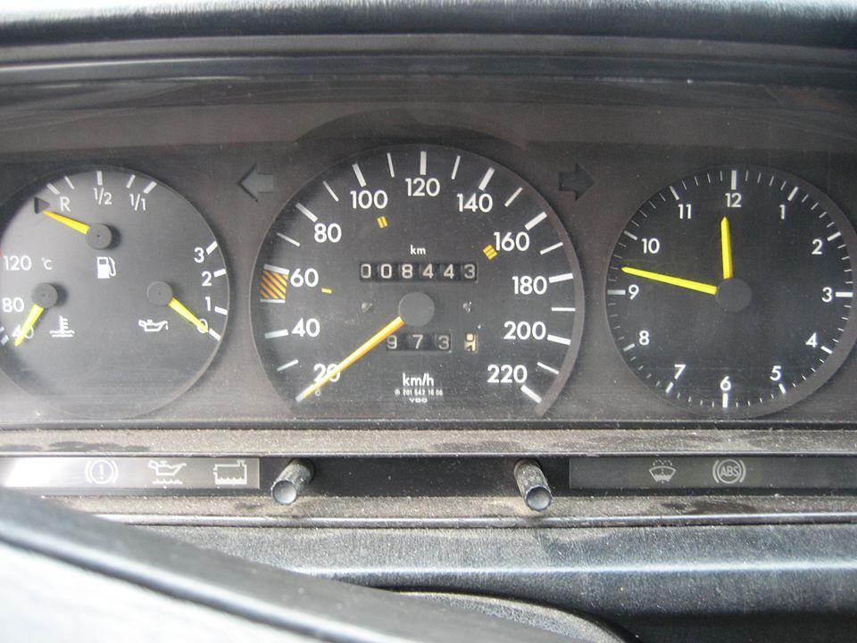 «Автомобиль за 3000 долларов»: тест-драйв Mercedes-Benz 190 3