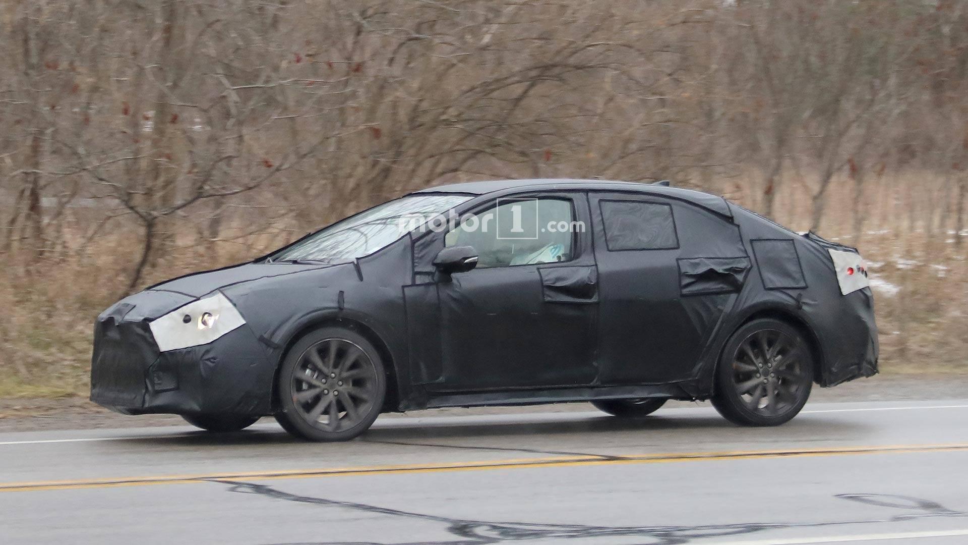 Toyota Corolla 2020 впервые замечена во время тестов 3