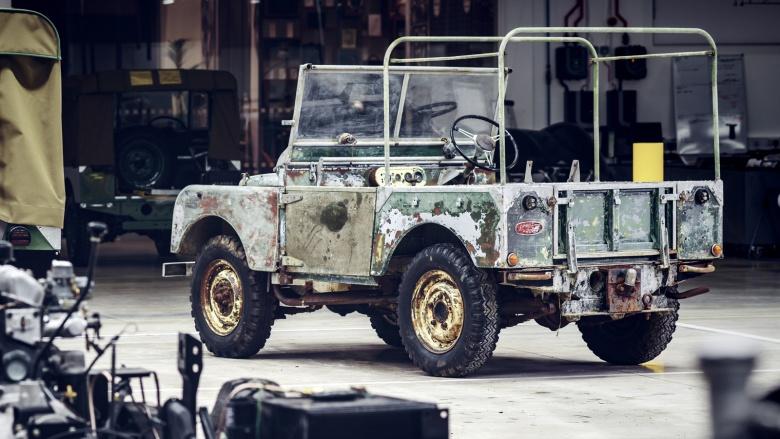 В Британии обнаружен самый первый экземпляр Land Rover Defender 1