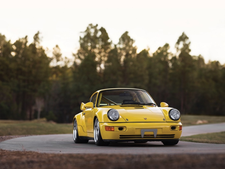 Коллекцию из 12 редких Porsche выставили на торги 1
