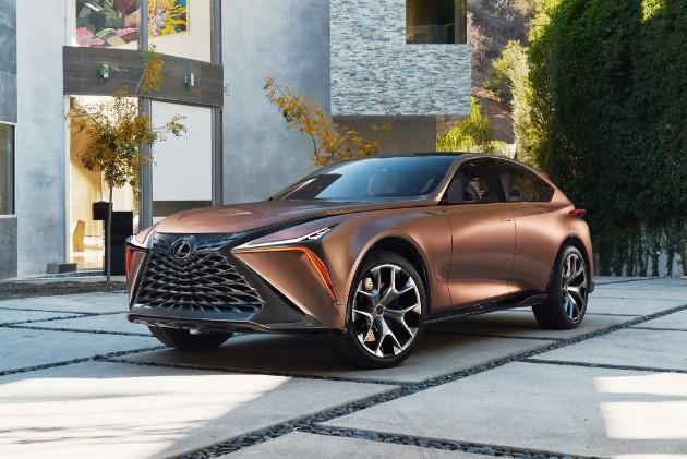 Lexus представил прототип флагманского люксового кроссовера 1