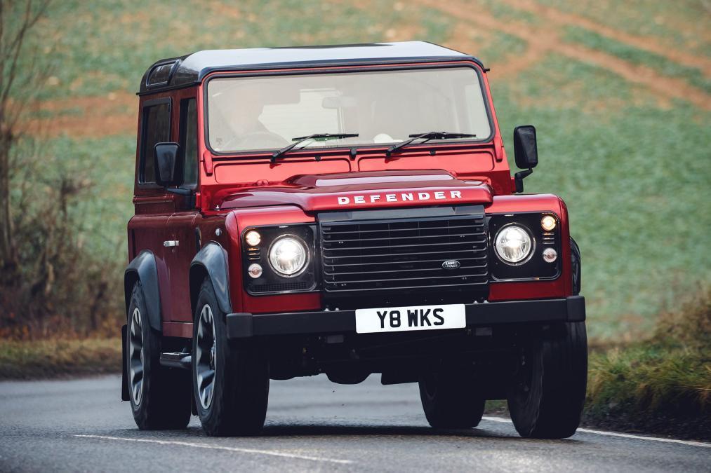 Land Rover выпустит сверхмощный Defender 1