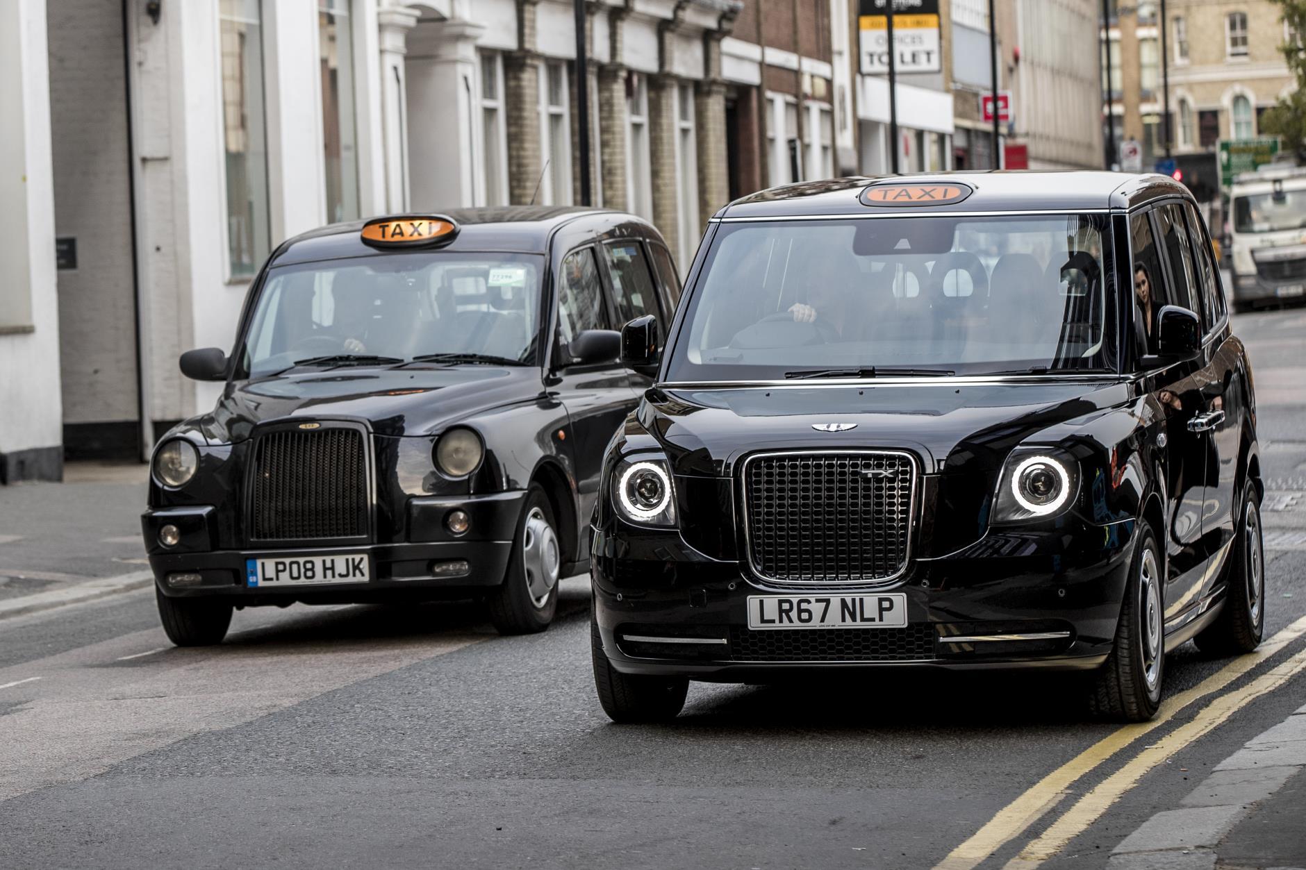 Лондонские таксисты пересаживаются на очень экономичные автомобили 1