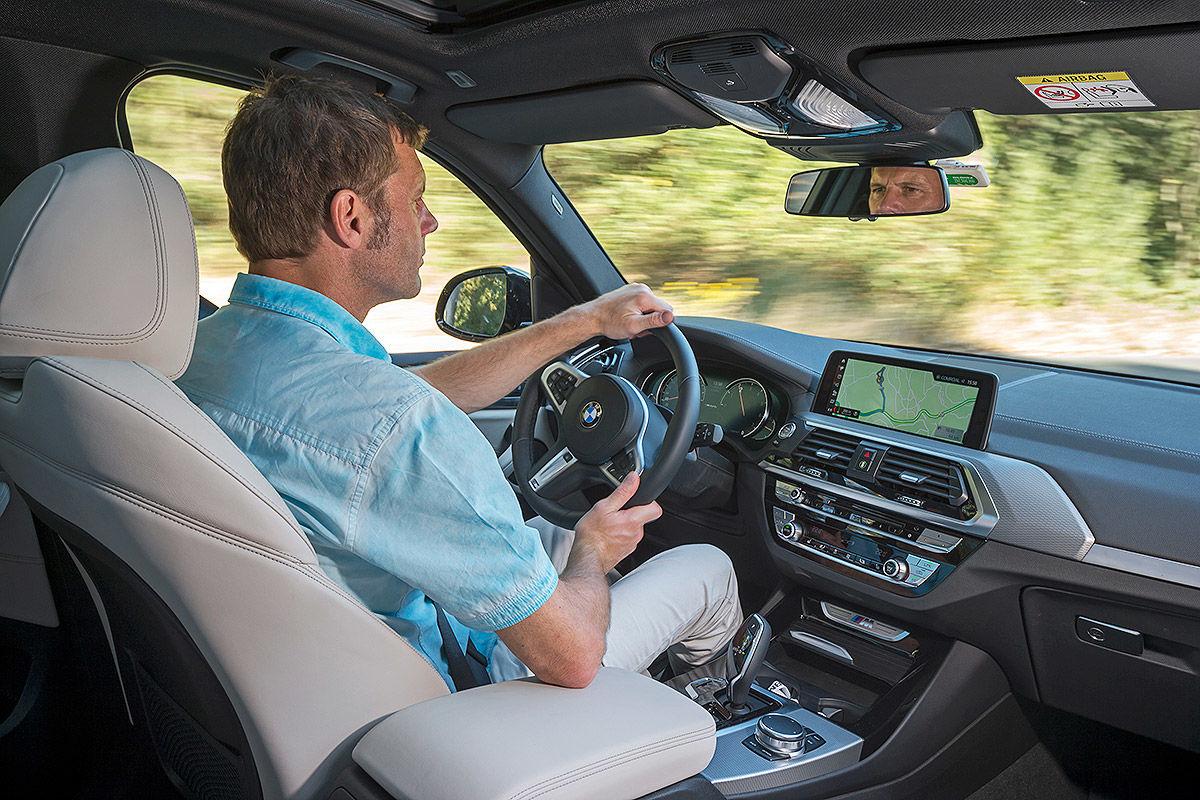 «Больше и маневреннее»: тест-драйв нового BMW X3 6