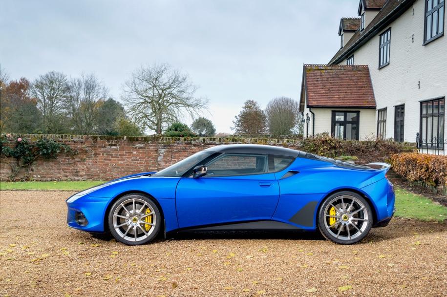 Главу компании Lotus остановили за превышение скорости 1