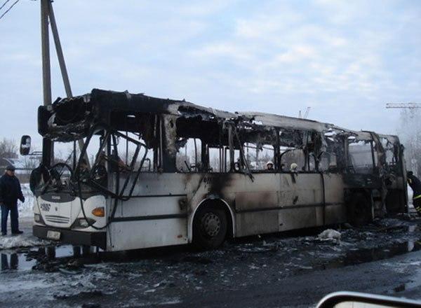 В Казахстане сгорел автобус с пассажирами – 52 человека погибли 1