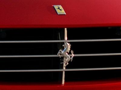 Ferrari выпустит свой первый кроссовер 1