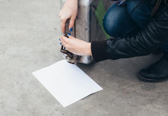 Зачем зимой водителю нужно возить с собой лист бумаги и старые носки 1