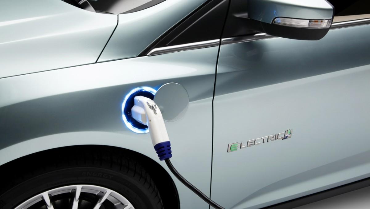 Ford выпустит 40 электрифицированных моделей за 4 года 1