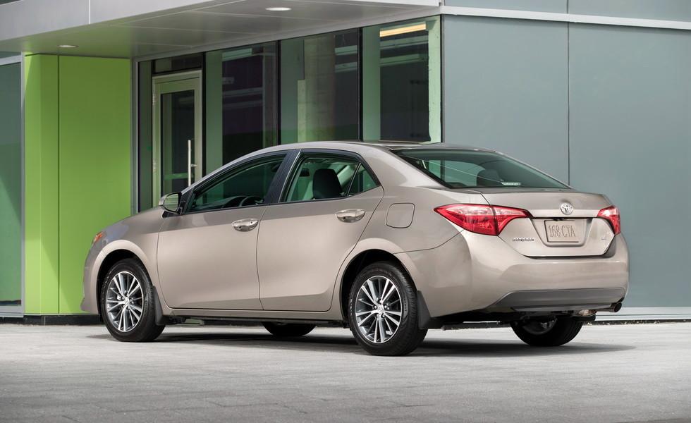 Toyota Corolla 2020 впервые замечена во время тестов 1