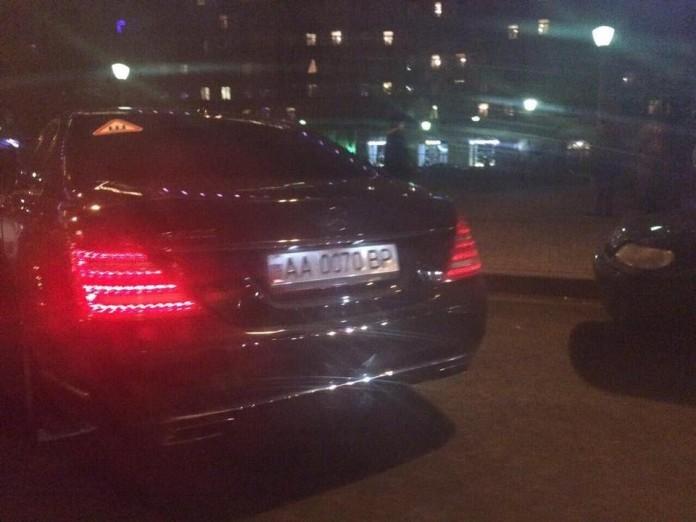 Как депутат Верховной Рады «замаскировал» свой автомобиль в России 1