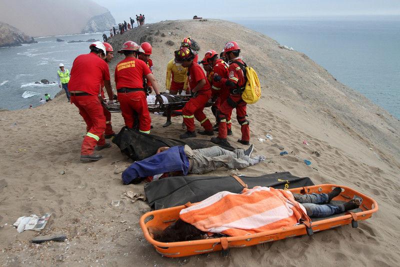 Автобус упал с высоты 100 метров – десятки погибших 3