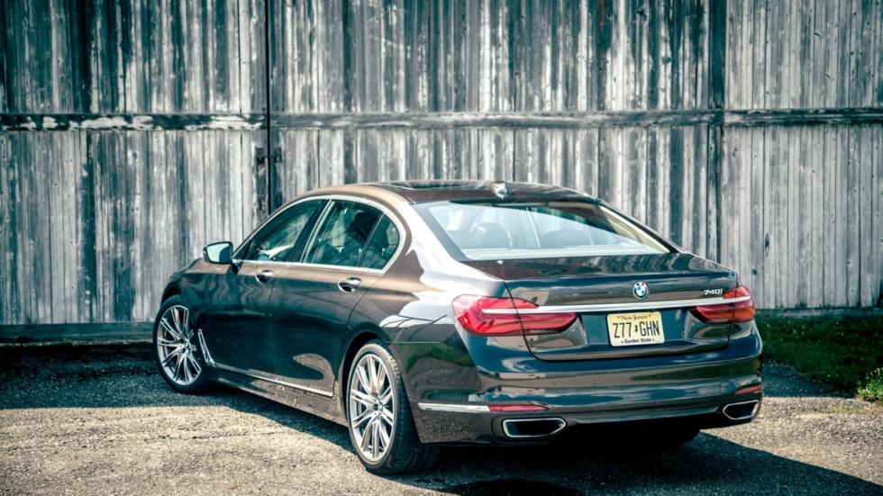 В BMW рассказали о дебюте обновленного седана 7 серии 2