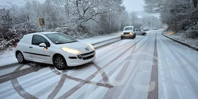 Как не нужно ездить зимой: главные ошибки водителей 2