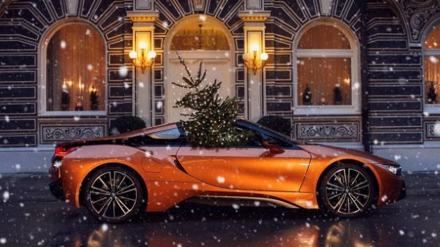 Новогодние поздравления и открытки от автопроизводителей 6