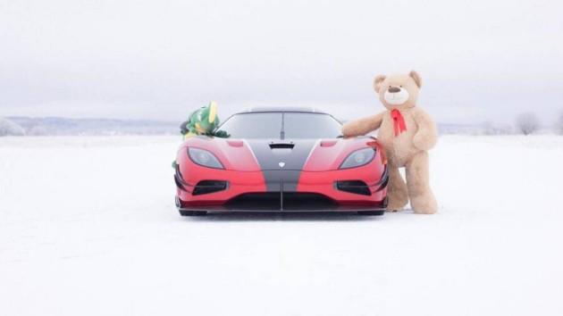 Новогодние поздравления и открытки от автопроизводителей 3