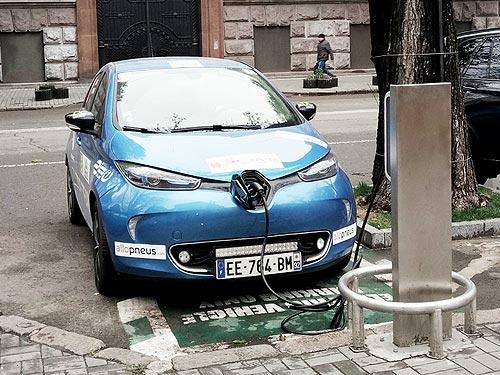 В Украине начали действовать льготы на ввоз электромобилей 2