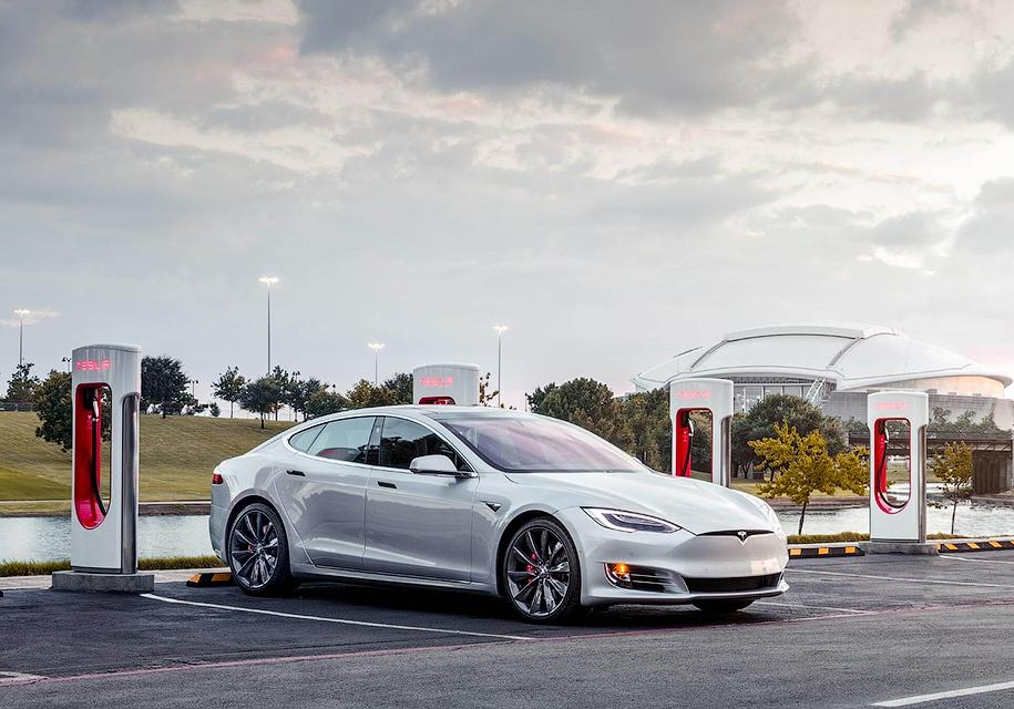 Tesla «объявила войну» таксистам 2