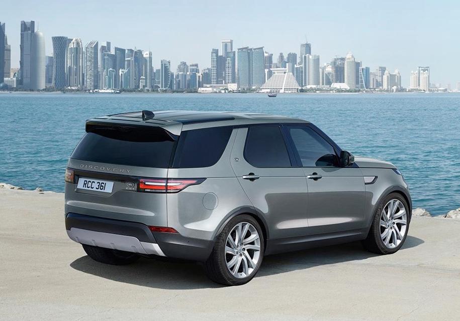 Land Rover Discovery «лишился» кресел и стекол 5
