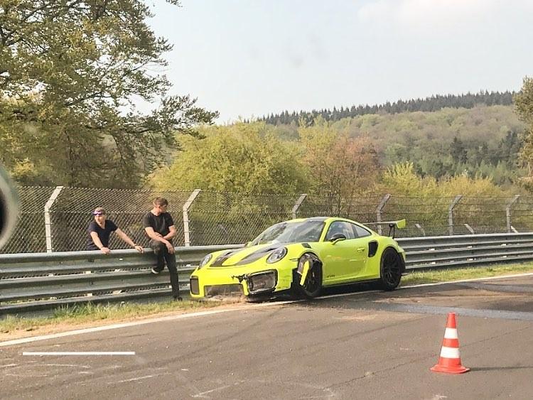Новенький спорткар Porsche «прожил» всего три дня 1
