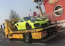 Новенький спорткар Porsche «прожил» всего три дня 2