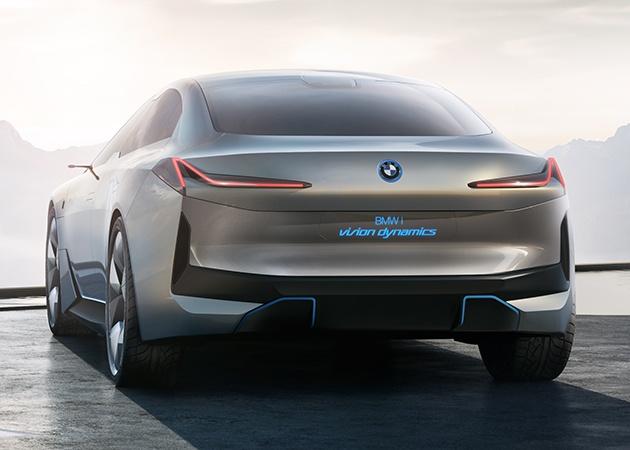 BMW работает над электрическим седаном i4 2