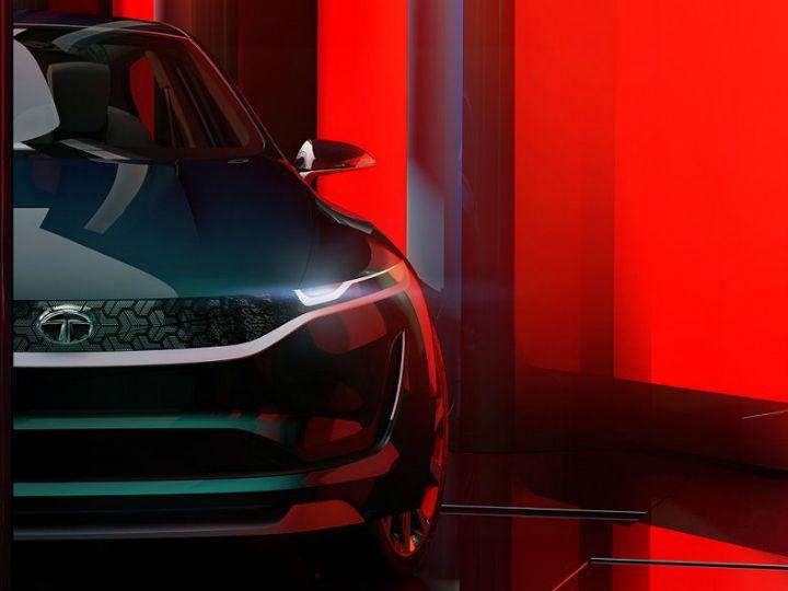 Индусы презентовали в Женеве стильный автомобиль 1