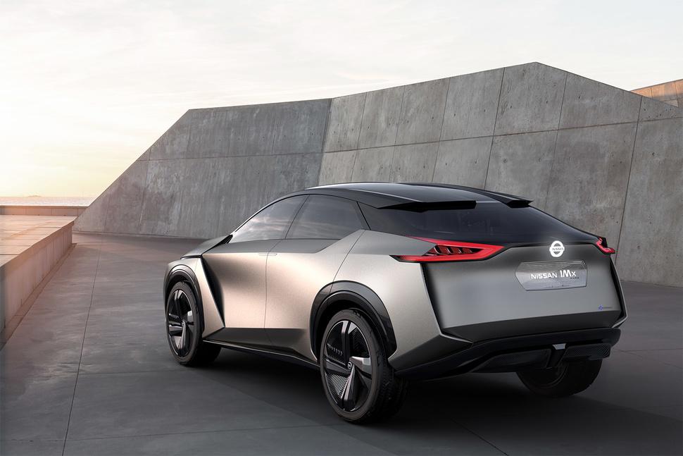 Nissan официально презентовал концептуальный кроссовер 3
